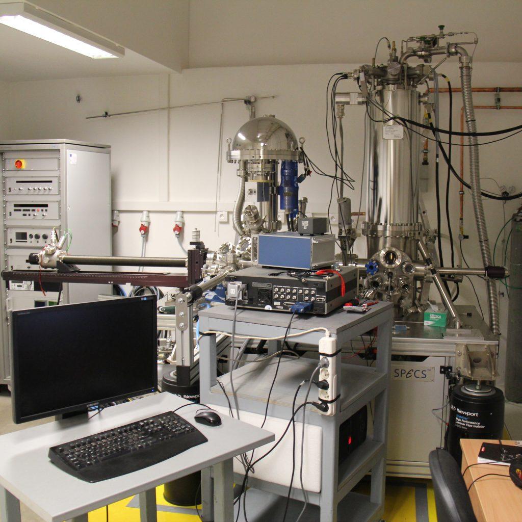 Ultra High Vacuum STM